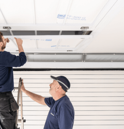 Keeping Spraybooths Clean and Installing Air Filters